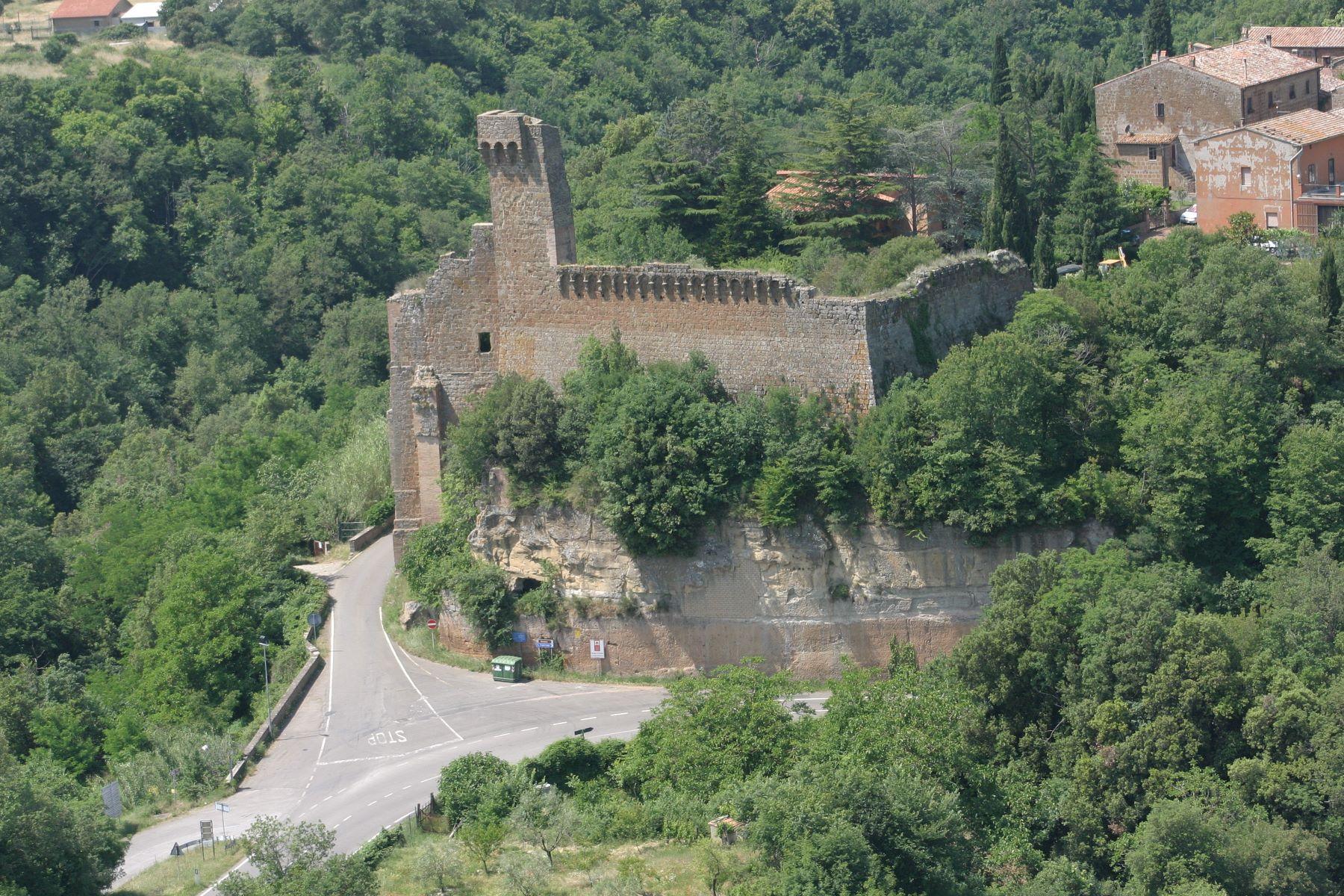 Rocca di Sovana vista aerea